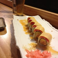 Photo taken at Domo Japanese Restaurant & Sushi Bar by Desiree D. on 8/14/2012