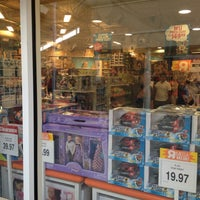 """Photo taken at Toys""""R""""Us by Renato S. on 4/7/2012"""