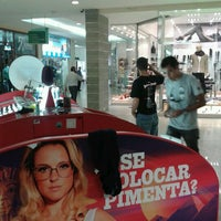 Photo taken at Shopping Della by Angélica S. on 4/10/2012