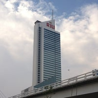 Photo taken at Hotel RIU Plaza by Arturo R. on 5/4/2012