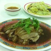 Photo taken at Hokkee Pochana by ekaphap d. on 6/17/2012