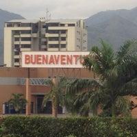 Photo taken at Centro Comercial Buenaventura by Jose Rafael T. on 4/5/2012