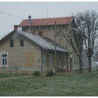 Photo taken at Osnovna škola Mraclin by Marko K. on 5/21/2012