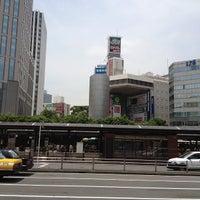 Photo taken at 横浜駅西口 バスターミナル by nomu_119117 n. on 6/15/2012