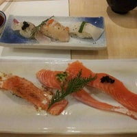 Photo taken at Umegaoka Sushi no Midori by ブルーツリー on 8/18/2012
