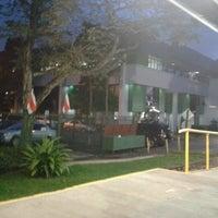 Photo taken at Andén Tren Urbano (Universidad Latina) by Crisya G. on 8/31/2012