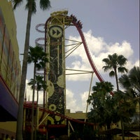 Photo taken at Hollywood Rip Ride Rockit by Robby B. on 7/26/2012