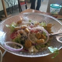Photo taken at Olive Garden by Alan C. on 4/4/2012