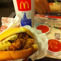 Photo taken at McDonald's & McCafé by Nuu K. on 4/11/2012
