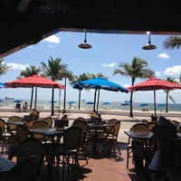 Photo taken at Bubba Gump Shrimp Co. by Kenny B. on 6/18/2012