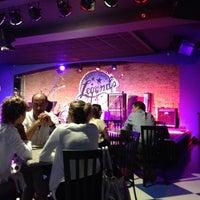 Photo taken at Buddy Guy's Legends by Epifantseva E. on 7/16/2012