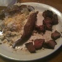 Photo taken at Texas Roadhouse by Kristine on 4/4/2012