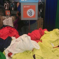 Photo taken at Old Navy by Vernon P. on 3/31/2012