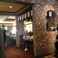 Photo taken at Mimi's Café by Yxes  💋 ☕. on 7/1/2012
