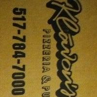 Photo taken at Klávon's Pizzeria & Pub by Lexi H. on 4/28/2012