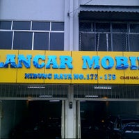 Photo taken at Lancar Mobil by DAVIN L. on 4/25/2012