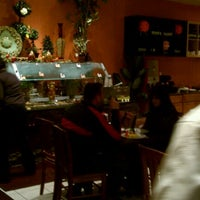 Photo taken at Oliveira's Steakhouse by Kapado F. on 5/1/2012