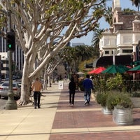 Photo taken at Starbucks by Matthew C. on 2/18/2012