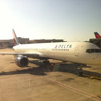 Photo taken at Gate A5 by MK on 3/26/2012