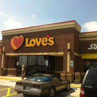 Photo taken at Love's Travel Stop by Claude N. on 8/27/2012