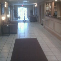 Photo taken at Comfort Inn by Lauri L. on 4/10/2012