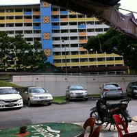 Photo taken at Lee Heng Restaurant by Ivan H. on 3/6/2012