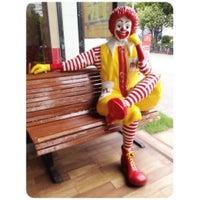 Photo taken at McDonald's & McCafé by Jirawat R. on 6/3/2012