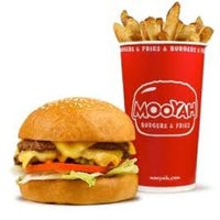 Photo taken at MOOYAH Burgers, Fries & Shakes by Patrick A. on 6/10/2012