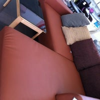 Photo taken at Furniture Outlet One (SB Furniture Outlet) by Kaoaya on 8/30/2012