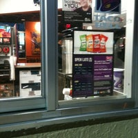 Photo taken at Taco Bell / Pizza Hut by Robert S. on 8/5/2012