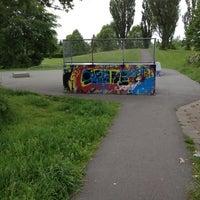 Photo taken at Skateboard Zoetermeer Seghwaertse hout by Maaiky on 6/5/2012
