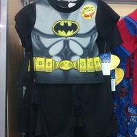 Photo taken at Walmart Supercenter by Geraldo E. on 4/13/2012