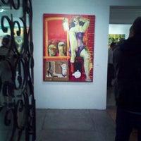 Photo taken at Galería Oscar Román (Arte y Diseño) by Viridiana O. on 3/22/2012