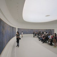 Photo taken at Musée de l'Orangerie by Jiny K. on 2/8/2012