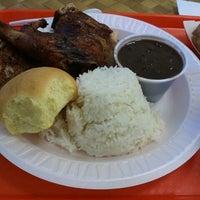Photo taken at Pollo Tropical by Elio N. on 8/1/2012