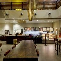 Photo taken at Starbucks Coffee by ' Rafael Ry❦n A. on 6/7/2012