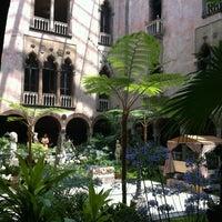 Photo taken at Isabella Stewart Gardner Museum by Jay on 7/14/2012