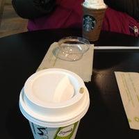 Photo taken at Starbucks Coffee 東京急行大井町駅店 by Kyoka K. on 2/26/2012