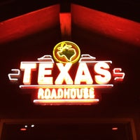 Photo taken at Texas Roadhouse by Luis S. on 3/7/2012