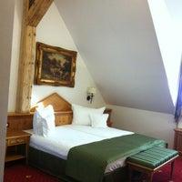 Photo taken at BinderBubi Hotel & Spa by Rovinosa M. on 8/16/2012