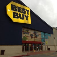 Photo taken at Best Buy by Sebastian G. on 5/11/2012