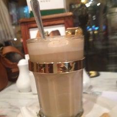 Photo taken at Dôme Café by Dera on 8/23/2012