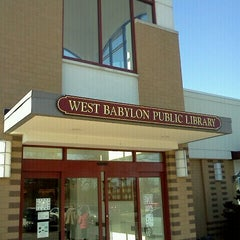 Photo taken at West Babylon Public Library by Wilfred T. on 2/5/2012