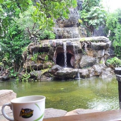 Photo taken at Cafe Amazon by KwAn P. on 8/3/2012
