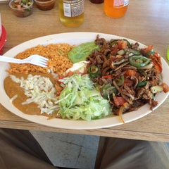 Photo taken at Taqueria Los Pericos #5 by Ravell S. on 8/24/2012