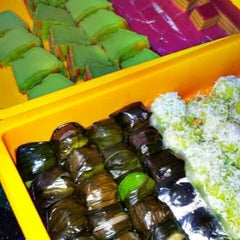 Photo taken at Bazar Ramadhan Kuaters Klia by Raymie A. on 8/15/2012