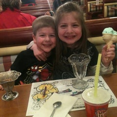 Photo taken at Friendly's Restaurant by Ray C. on 2/16/2012