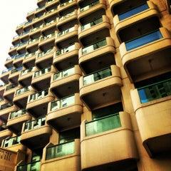 Photo taken at Hilton Dubai Jumeirah Resort by Shakib on 3/9/2012