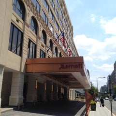 Photo taken at Washington Marriott Georgetown by Hernan I. on 7/19/2012