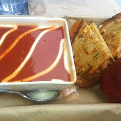 Photo taken at The American Grilled Cheese Kitchen by Rachel L. on 5/3/2012